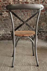 Chaise Bistrot Metal : chaise bistrot bois et m tal ~ Teatrodelosmanantiales.com Idées de Décoration