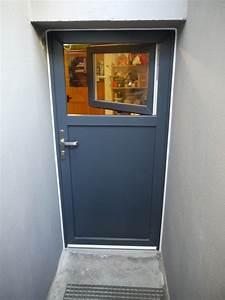 Lüftung Keller Ohne Fenster : t ren fenster keller u nebeneingangst ren aus holz aluminium kunststoff ~ Watch28wear.com Haus und Dekorationen