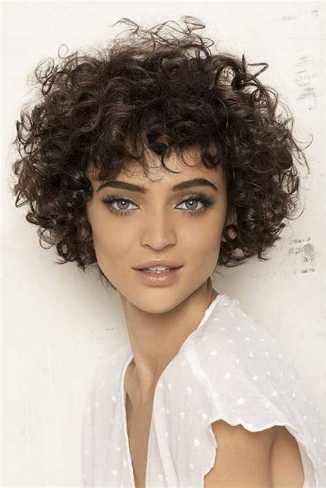 HD wallpapers pictures of short curly hairstyles