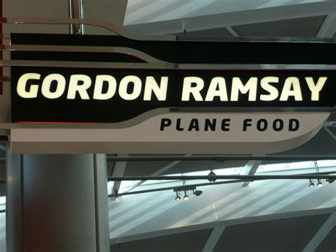 cuisine gordon ramsay gordon ramsay plane food gate 419