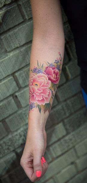 tatoeage bloem 25 beste idee 235 n over bloem tatoeages op pinterest