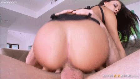 Busty Babe Peta Jensen Anal Fucked By Big Girl Pic