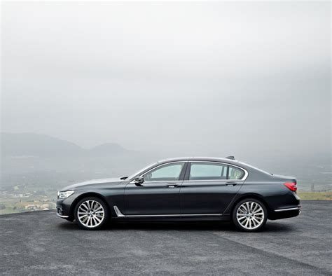 2017 Bmw 7 Series by 2017 Bmw 7 Series Release Date Interior Specs And Pictures