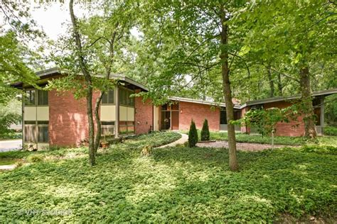 2701 Country Club Dr., Olympia Fields, IL 60461 - Homes by