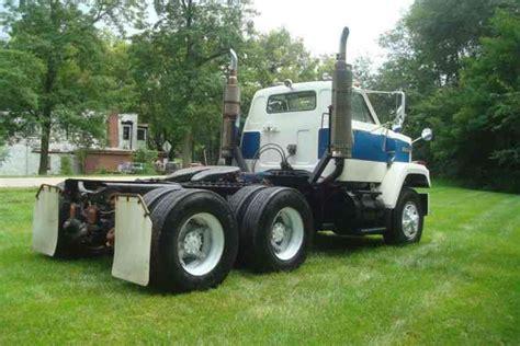 gmc tj  daycab semi trucks