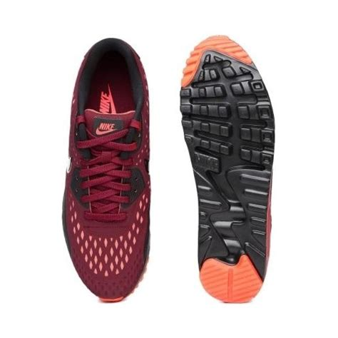 maroon color shoes buy nike maroon color casual shoes looksgud in