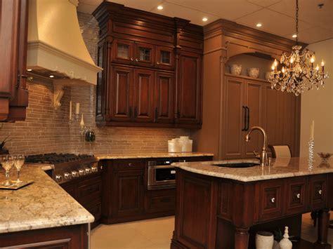 cuisine armoire brune cuisine comment choisir les bonnes armoires