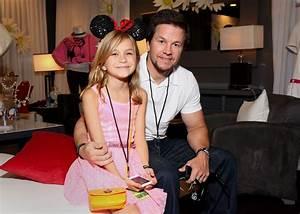 Ella Wahlberg Photos Photos - Minnie Gifting Lounge At The ...