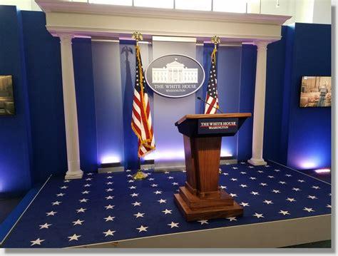 uniquely dc lectern podium rentals  stages