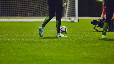 Nike Magista 2 Training Session with Kevin De Bruyne ...