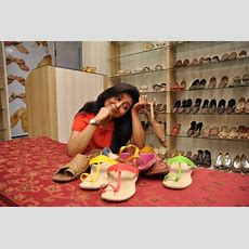 Gargee Roychowdhury Goes Puja Shopping