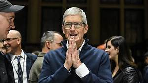 Apple issues rare earnings warning, citing Chinese ...