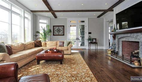 Stone Living Room Nj by 4 15 Million Stone Amp Shingle Mansion In Cresskill Nj