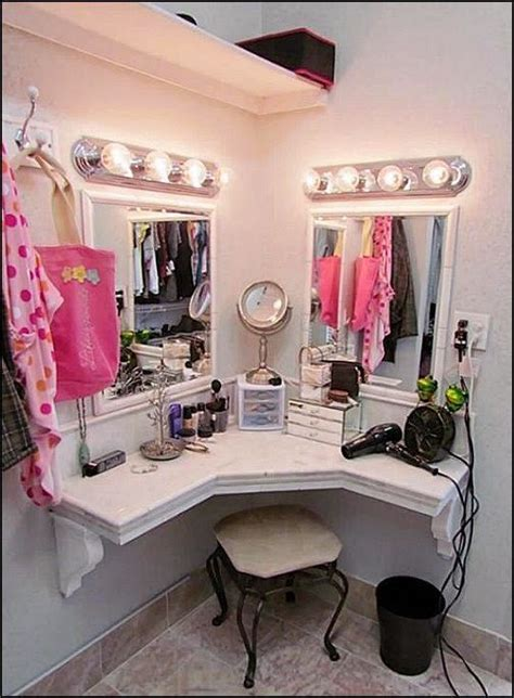 makeup hair salon 25 best ideas about corner makeup vanity on