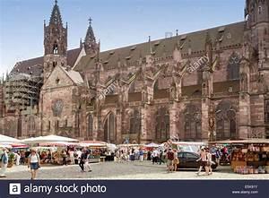 Markt De Freiburg Breisgau : freiburg im breisgau deutschland 6 august 2014 wochenmarkt in der n he des m nsters in ~ Orissabook.com Haus und Dekorationen