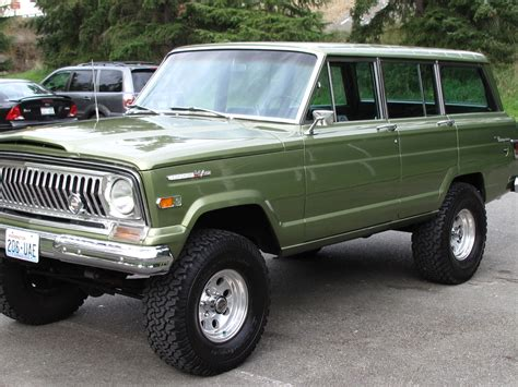 1970 jeep grand wagoneer 1970 jeep wagoneer information and photos momentcar