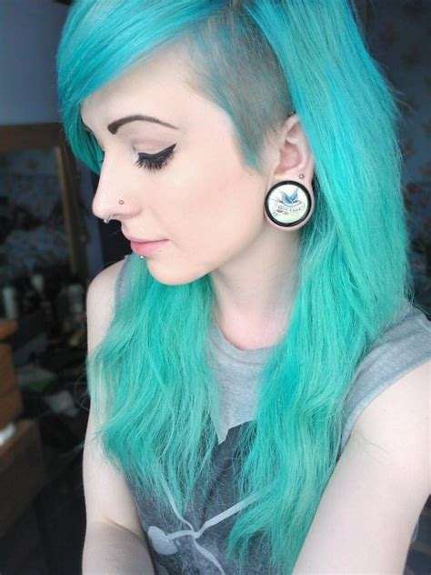 Aqua Hair With A Shaved Side I Cant Wait For My Hair On