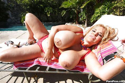 Mature Giant Tits Xxx Dessert Picture 15