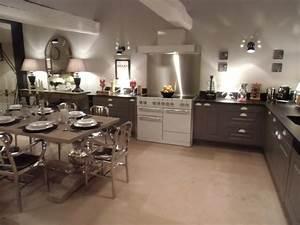 le blog decoration de credence inox conseils et With idee deco cuisine avec meuble salle a manger chene blanchi