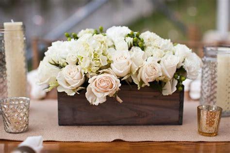 beautiful centerpiece   wooden box honey heart