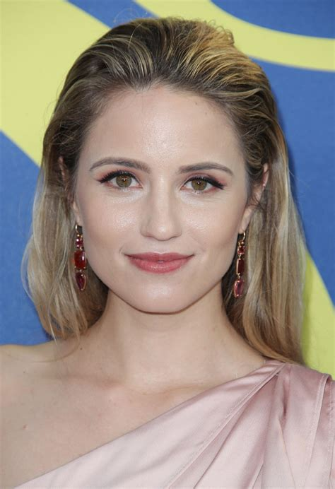 Dianna agron ретвитнул(а) the hollywood reporter. Dianna Agron - 2018 CFDA Fashion Awards in NYC