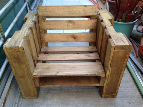 pallet furniture plans  show   fun part  recycling