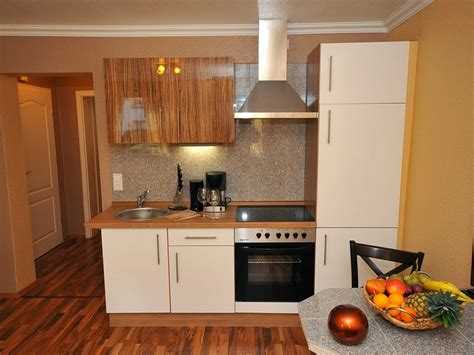 fotos de cocinas pequenas  modernas colores en casa