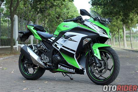 Kawasaki 250 Modifikasi Putih by Review Motor Kawasaki Kawasaki 250fi Abs