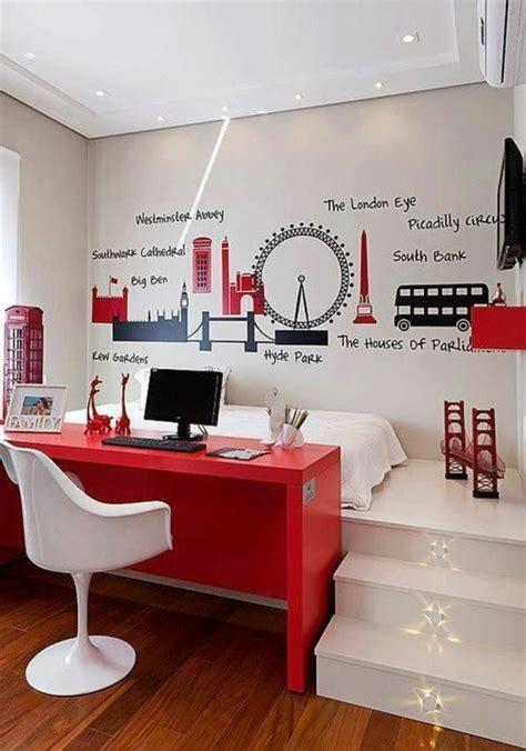bureau pour tout petit 1001 idées comment aménager une chambre mini espaces