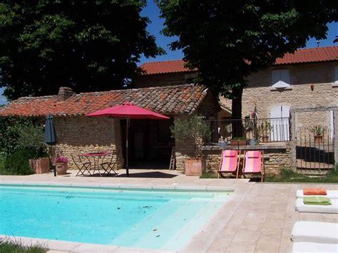 chambre d hote dans le beaujolais chambres d 39 hôtes en beaujolais le clos de pomeir