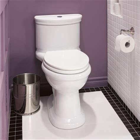 toilette qui fuit dans la cuvette d 233 boucher une toilette 1 rona