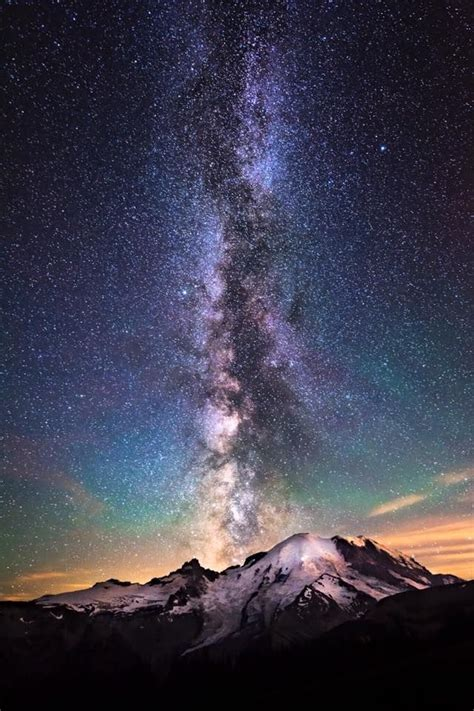 Millions Of Stars Erupt In The Night Sky Over Mount