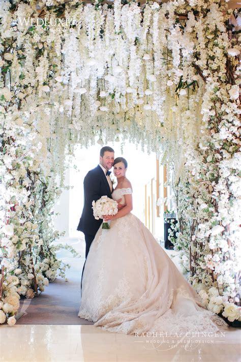 stunning  white wedding   ritz carlton toronto