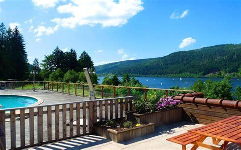 chalet du lac gerardmer chambre d h 244 tes chalet du bord du lac piscine 350 semaine chambre 224 g 233 rardmer dans les