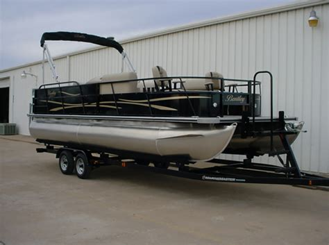 How To Trailer A Pontoon Boat by Pontoon Boat Trailer Gallery Marine Master Trailers