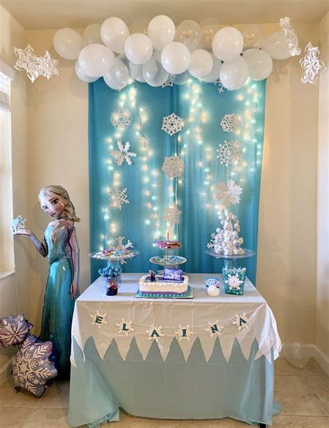 Birthday breakfast ideas the whole family will love. You Must-See These 15 Stunning Frozen Dessert Table Ideas! | Catch My Party