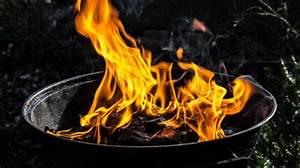 Feuerfeste Steine Für Grill : sicher grillieren mit kindern famigros ~ Markanthonyermac.com Haus und Dekorationen