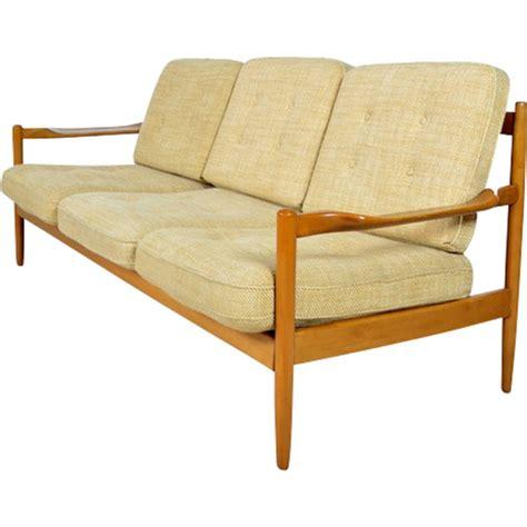 canapé bois design canape en bois et tissu myqto com