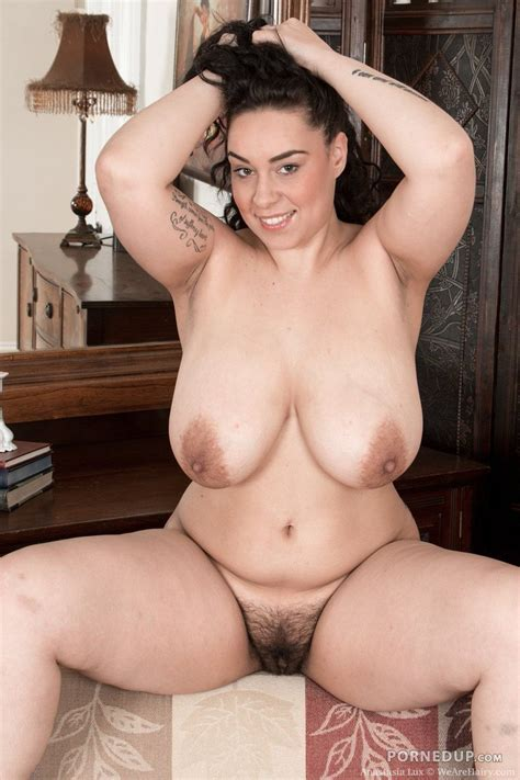 Busty Hairy Milf Porned Up
