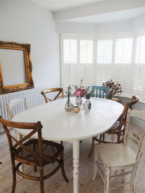 give    mismatched dining chairs