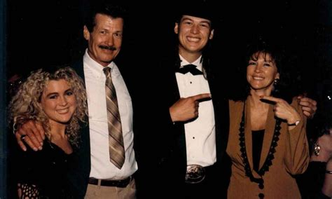 blake shelton parents the parents and siblings to blake shelton the king of