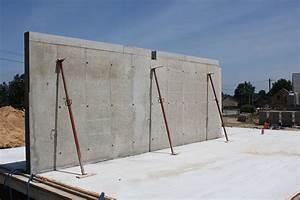 un mur de refend pret a soutenir la maison la triskeline With maison en beton coule