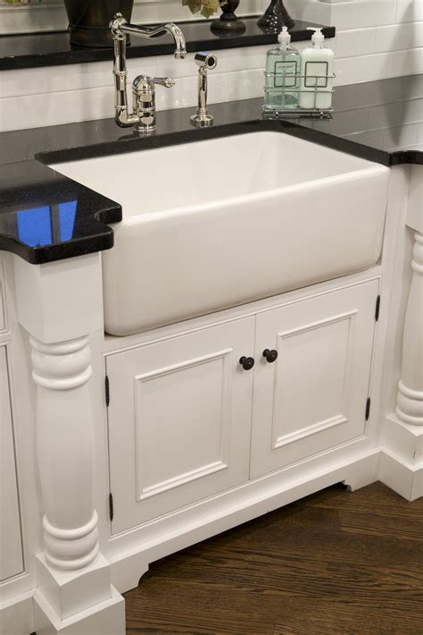 Cabinet Bases by Base Cabinets Cabinet Joint