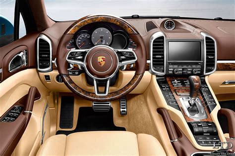 Porsche-cayenne-2015-versión-s-imagen-interior-salpicadero
