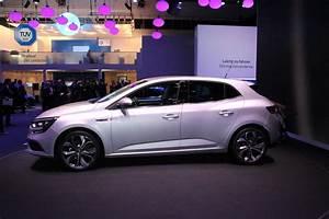 Renault Megane Noir : renault m gane 4 conqu rante vid o en direct du salon de francfort ~ Gottalentnigeria.com Avis de Voitures