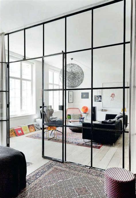 cloison de bureau en verre la cloison en verre est un moyen 233 l 233 gant d organiser l int 233 rieur archzine fr