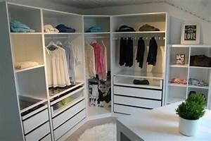 Begehbarer Kleiderschrank Ikea Pax : ikea pax is a girls best friend desmondo garten balkon pinterest ~ Orissabook.com Haus und Dekorationen