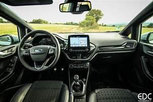Ford Ka Interieur : essai ford ka et fiesta active les soeurs crossovers essais du club ~ Maxctalentgroup.com Avis de Voitures