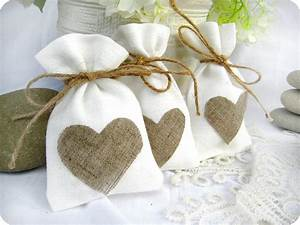 Wedding favor bags set of 35 white rustic linen wedding for Favor bags for wedding