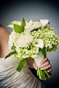 Fresh and Pretty Green Hydrangea Wedding Flowers | iPunya